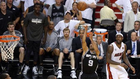 Tony Parker against the Miami Heat