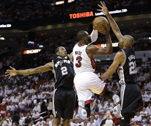 Dwyane Wade against the San Antonio Spurs