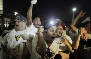 Miami Heat Fans celebrating Ray Allen's three-pointer