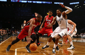 Dwyane Wade against Joe Johnson