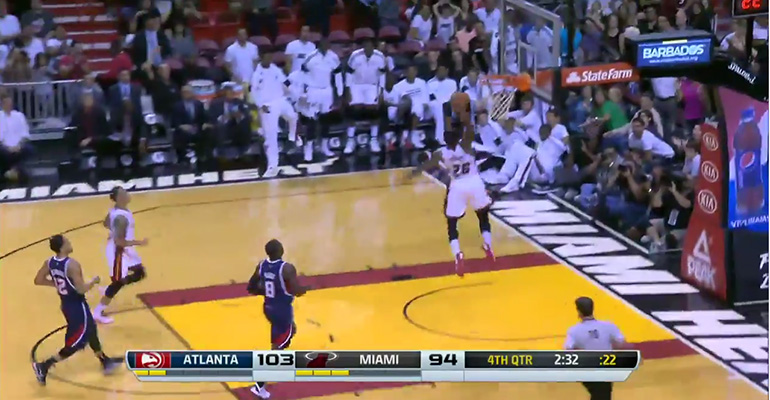 Shannon Brown Dunks with Authority