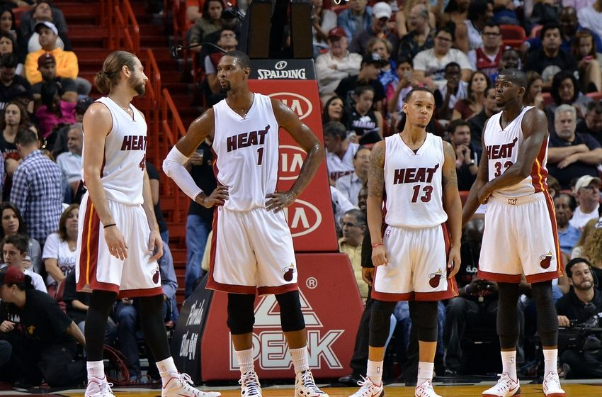 shabazz-napier-josh-mcroberts-chris-bosh-james-ennis-nba-minnesota-timberwolves-miami-heat1-850x560