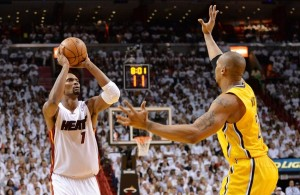 david-west-chris-bosh-nba-playoffs-indiana-pacers-miami-heat-850x560