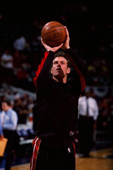 Dan Majerle shooting for the Miami Heat