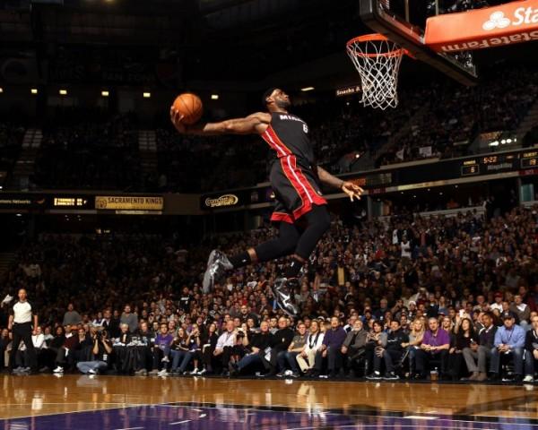 LeBron James dunking on Kings