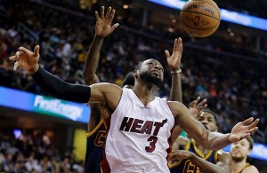 Miami Heat vs. Cleveland Cavaliers Game Recap: Wade Exits with Knee Injury in Blowout Loss