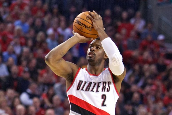 Wesley Matthews shooting a three-pointer for the Trailblazers
