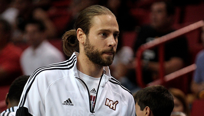Josh McRoberts to Be X-Factor for Miami Heat in 2015-16