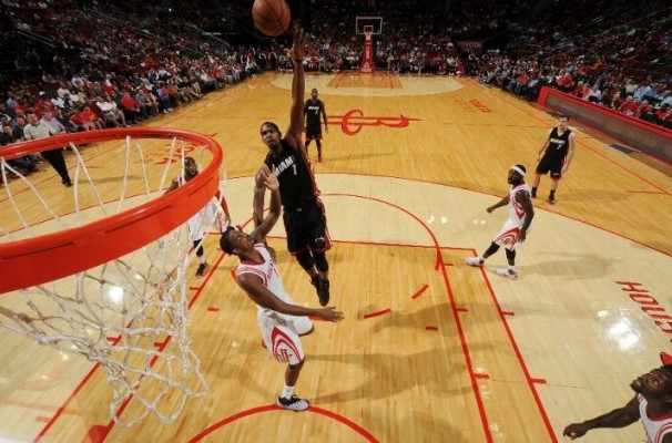 Chris Bosh vs. Houston Rockets -- October 17, 2015
