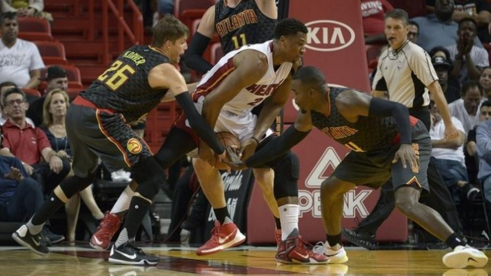 Hassan Whiteside vs. Atlanta Hawks -- November 3, 2015