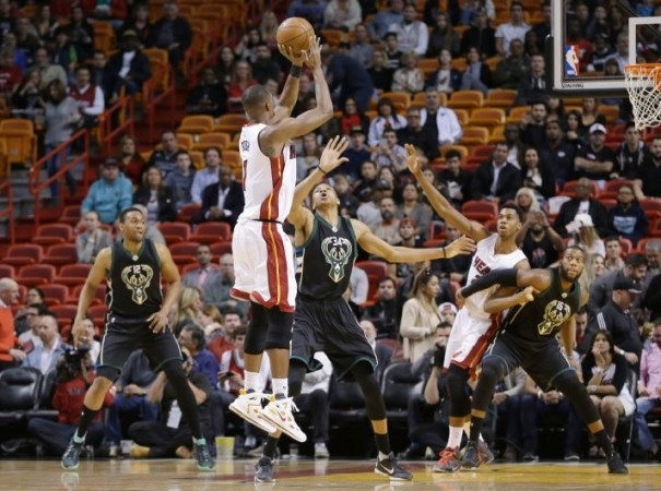 Chris Bosh vs. Milwaukee Bucks on January 19, 2016