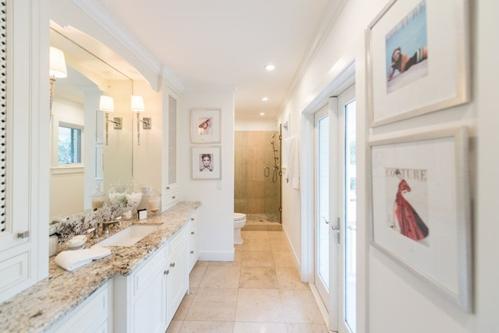 spoelstra bathroom