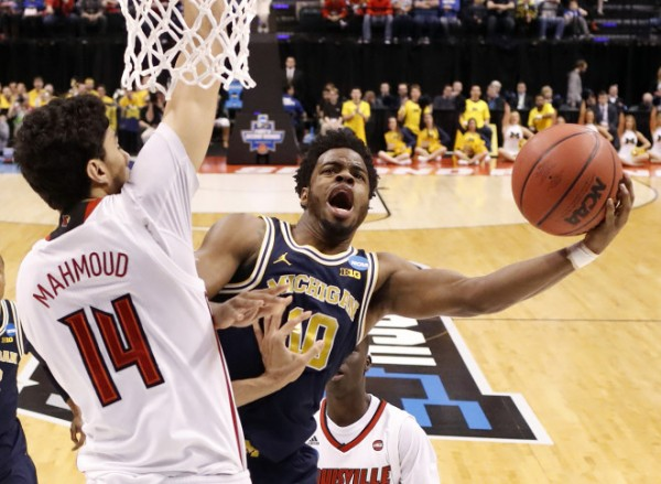 Ex-Michigan star Derrick Walton Jr. signs two-way deal with Miami Heat