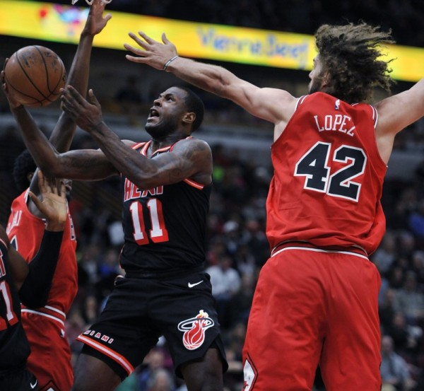 Highlights of Sunday's National Basketball Association games