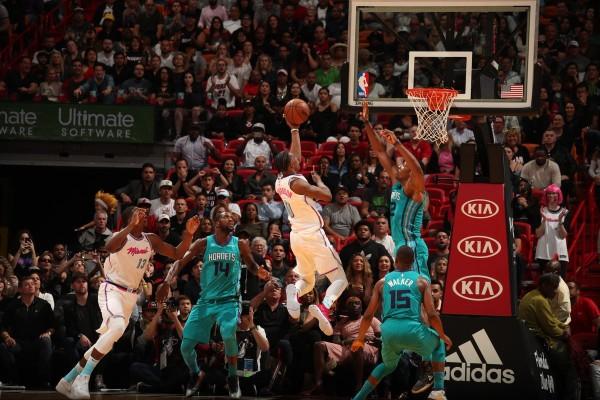 Josh Richardson vs. Charlotte Hornets