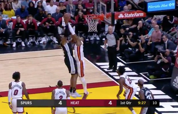 Hassan Whiteside Blocks Spurs