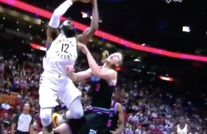 Kelly Olynyk Takes Knee From Tyreke Evans