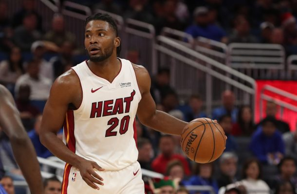 Wade scores 19, Heat hold off Celtics 115-99