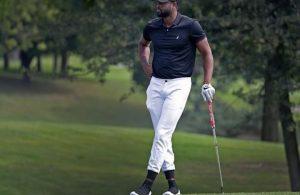 Dwyane Wade Golfing