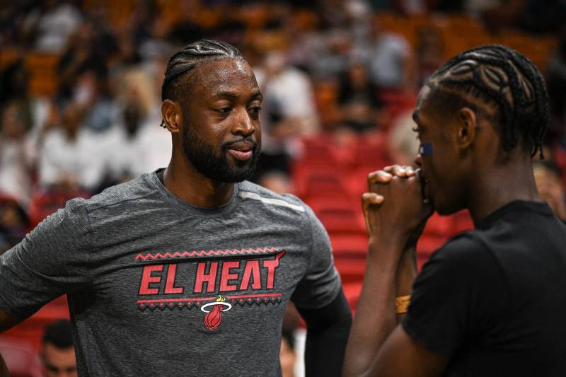 Video: Dwyane and Zaire Wade Featured in New NBA 2K20 Trailer