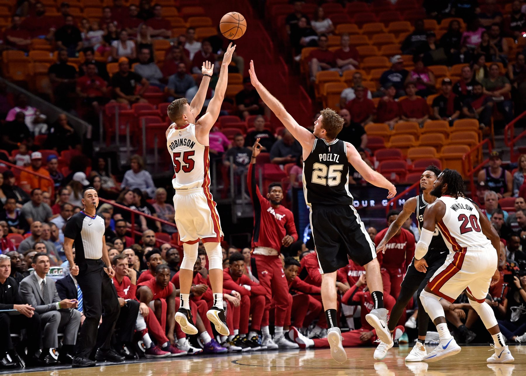 Erik Spoelstra Calls Duncan Robinson One Of The Best Shooters On This Planet Heat Nation