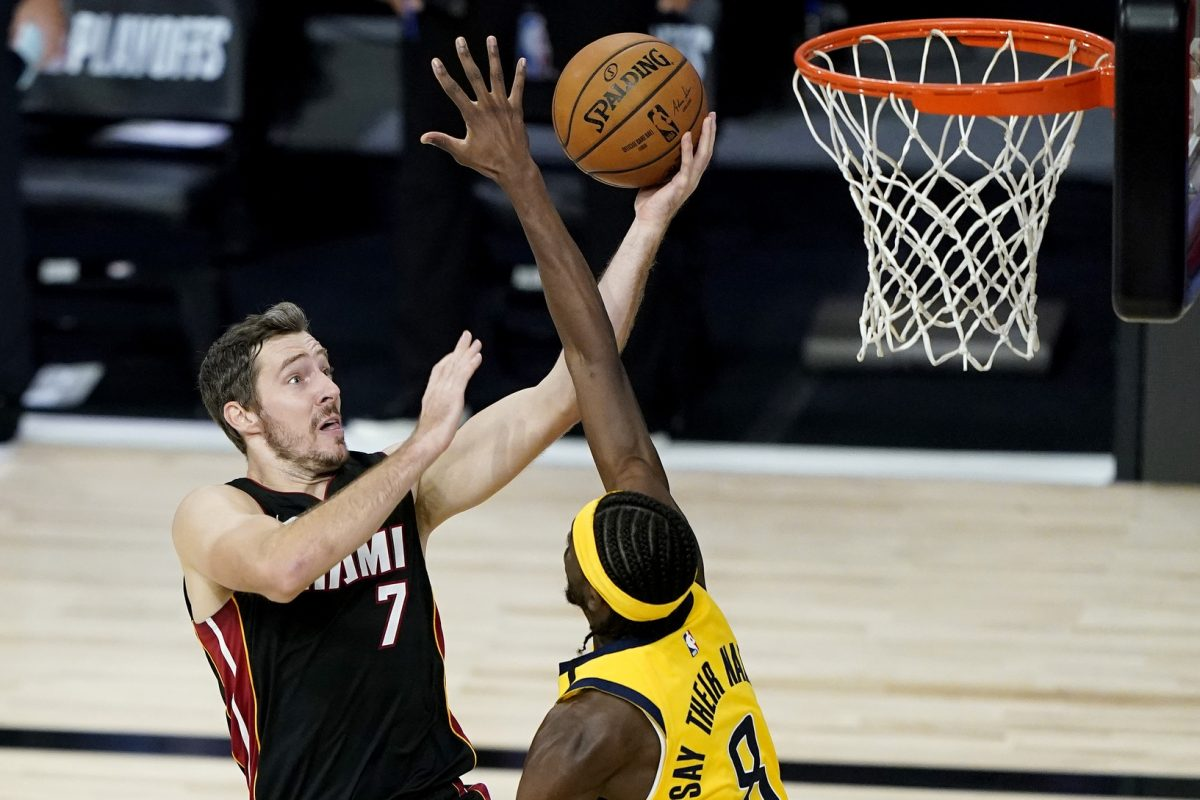 Dragic scores 23, 5th-seeded Heat sweep Pacers to advance