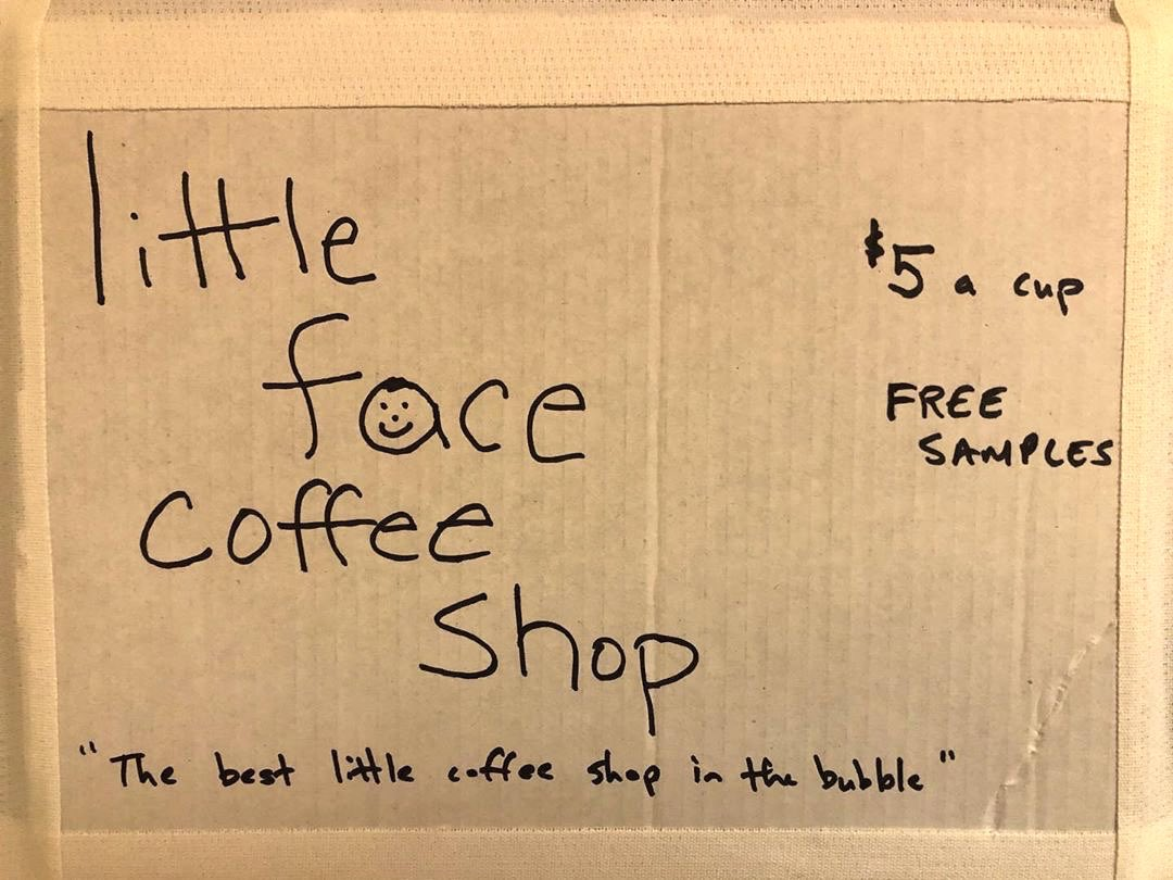 Little Face Coffee Shop