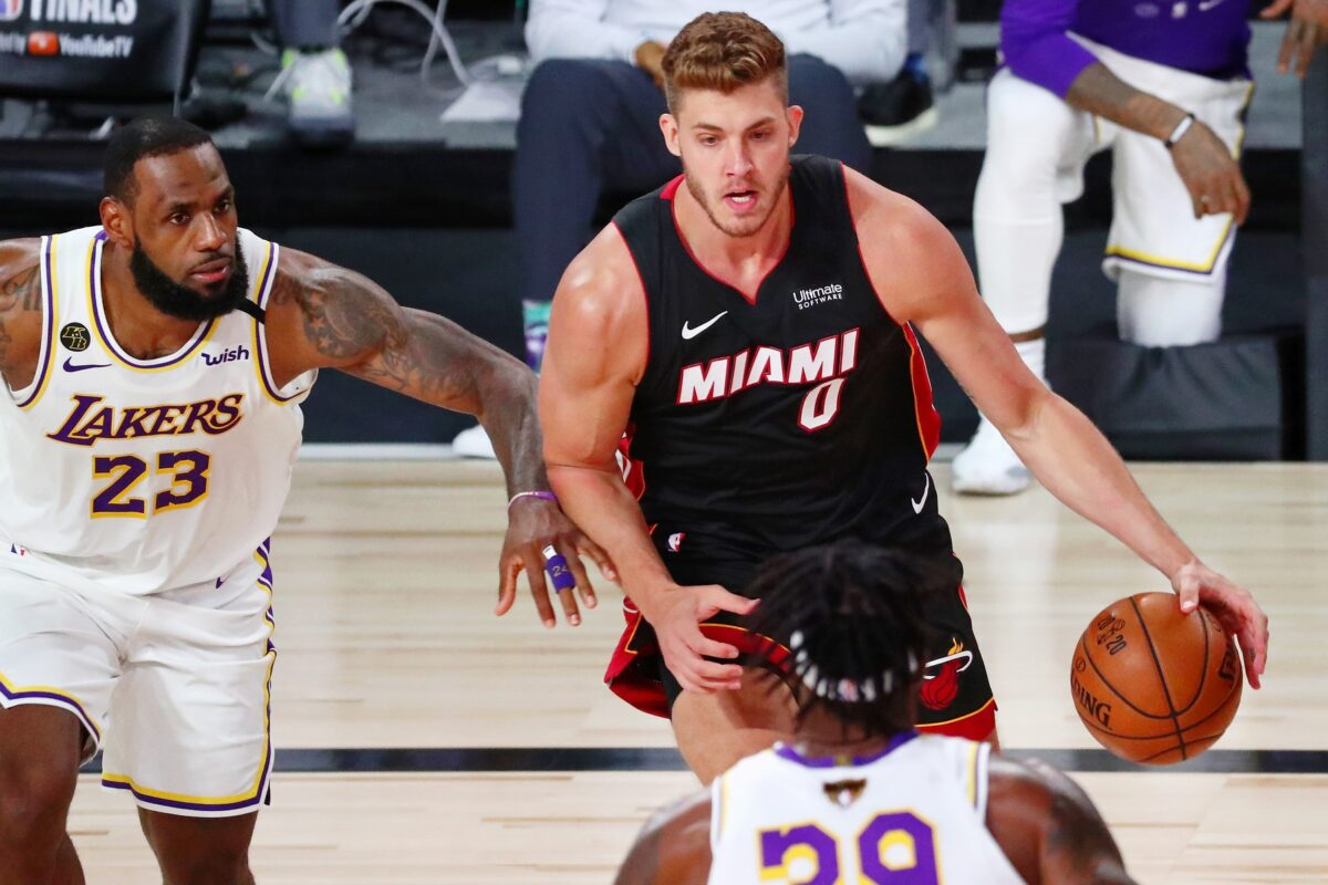 Meyers Leonard Lakers